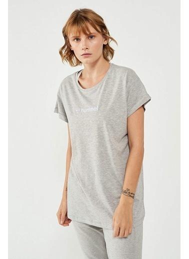Hummel Kadın Tişört Veranso 911371-2010 Gri